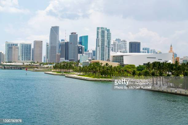 miami florida skyline american airlines arena - american airlines stock pictures, royalty-free photos & images