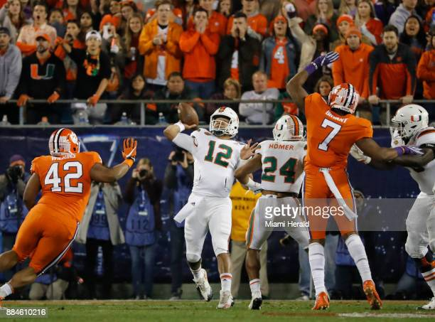 Miami Hurricanes quarterback Malik Rosier sets up to pass in the first quarter as the University of Miami Hurricanes play the Clemson Tigers in the...