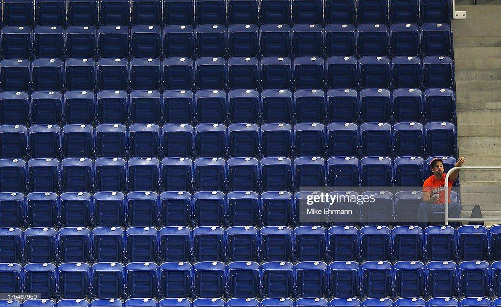 Cleveland Indians v Miami Marlins : News Photo