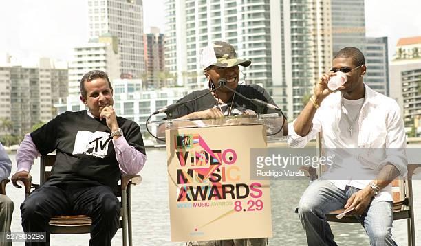 Miami Mayor Manny Diaz, Missy Elliott and Usher during 2004 MTV Video Music Award Nominee Press Conference at Mandarin Oriental Hotel in Miami,...