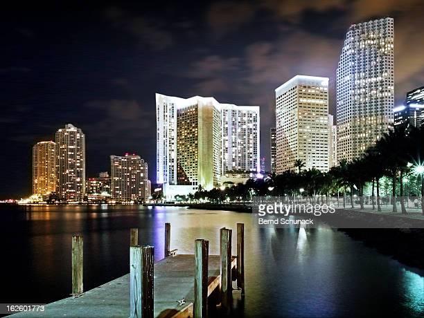 miami night lights - bernd schunack stockfoto's en -beelden