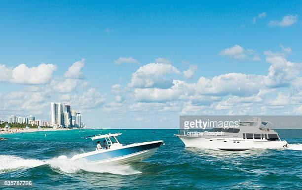 Miami Scene Motor Boating in Ocean Bal Harbour Haulover Beach