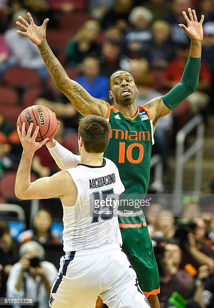 Miami's Sheldon McClellan pressures Villanova's Ryan Arcidiacono in the first half during a Sweet 16 matchup in the NCAA Tournament's South region at...