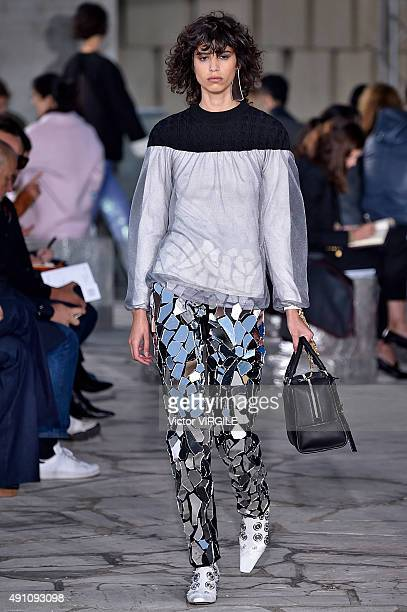Mica Arganaraz walks the runway during the Loewe Ready to Wear show as part of the Paris Fashion Week Womenswear Spring/Summer 2016 on October 2 2015...