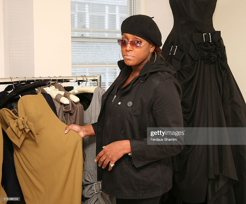 Gail Berry shows her new collection to Mica Paris