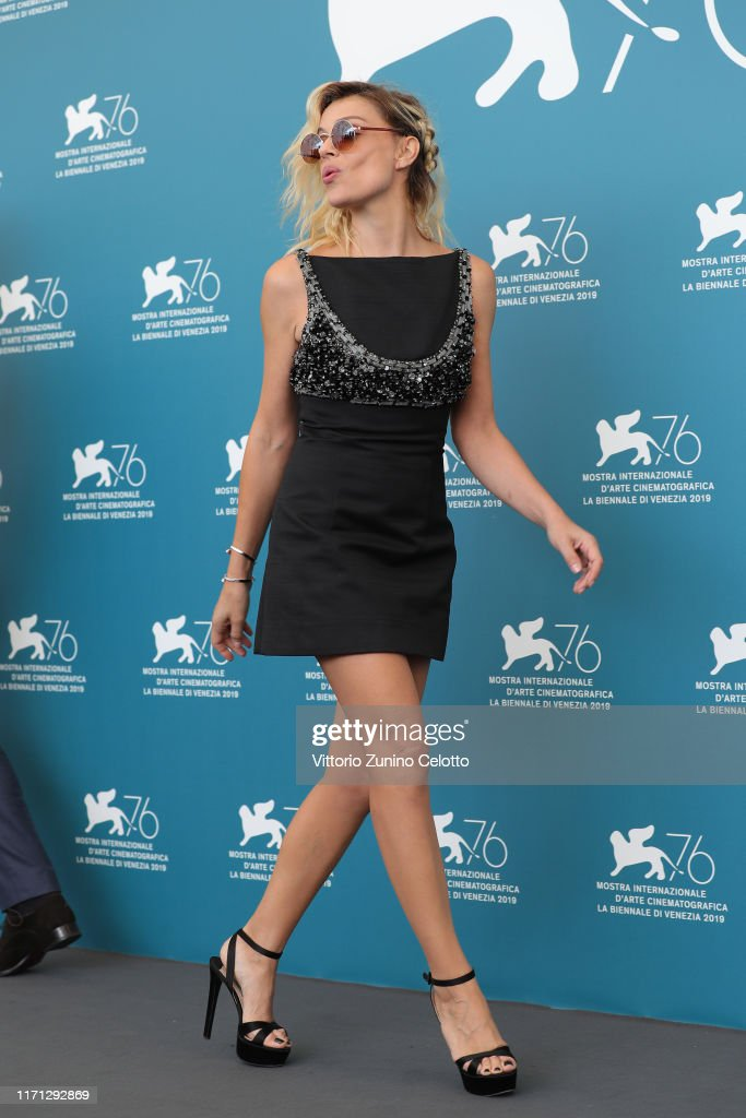 """Vivere"" (To Live) Photocall - The 76th Venice Film Festival : News Photo"
