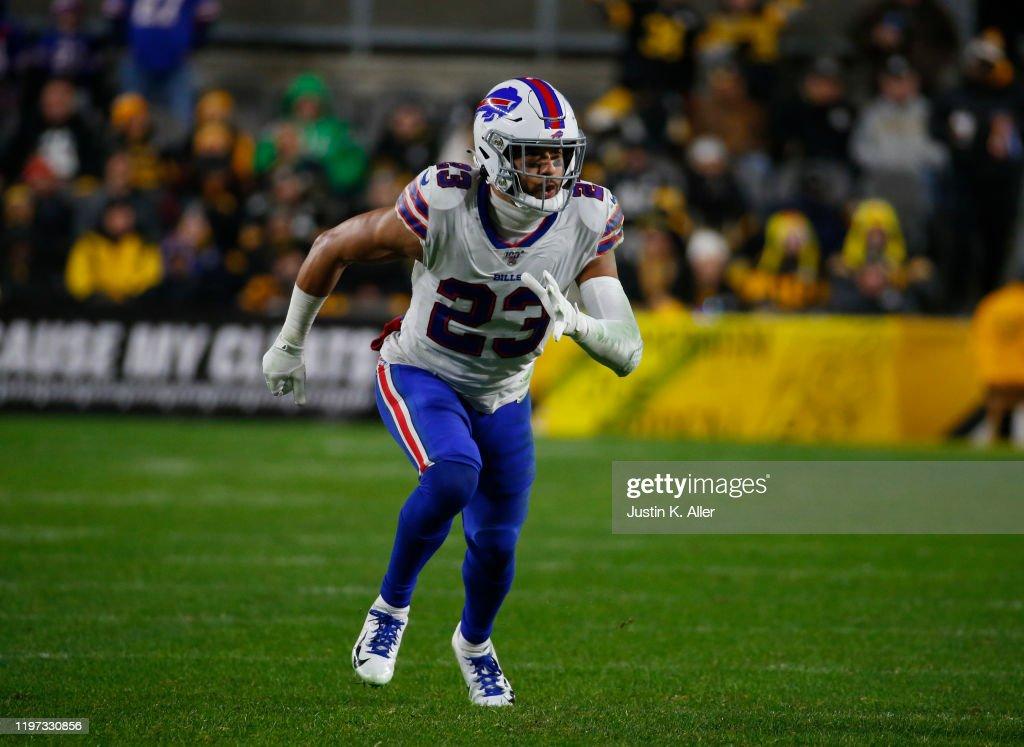 Buffalo Bills v Pittsburgh Steelers : News Photo