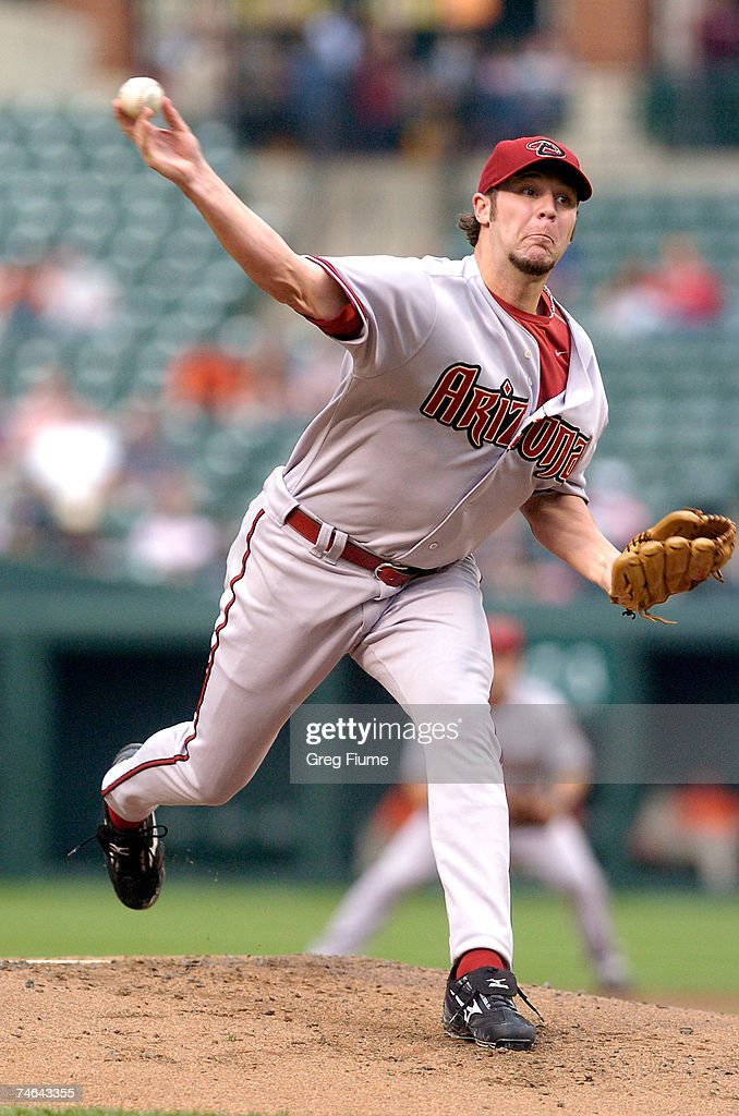 Micah Owings #44 of the Arizona Diamondbacks pitches against the Baltimore Orioles at Camden Yards June 15, 2007 in Baltimore, Maryland.