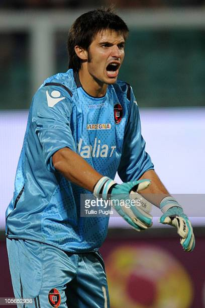 Michael Agazzi goalkeeper of Cagliari during the Serie A match between US Citta di Palermo and Cagliari Calcio at Stadio Renzo Barbera on August 29...