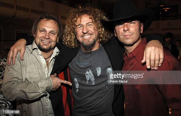 Michael Anthony and Sammy Hagar of Van Halen inductees with Kenny Chesney *EXCLUSIVE*