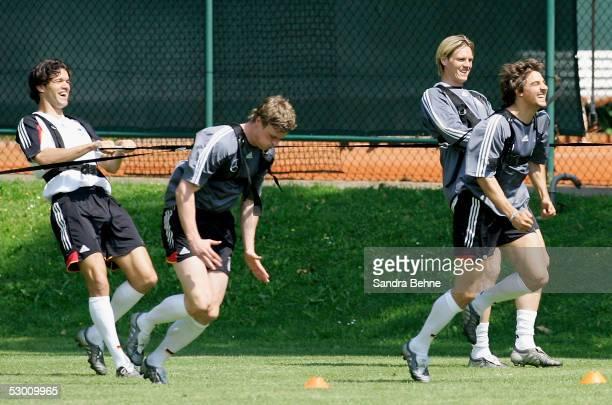 Michael Ballack Robert Huth Tim Borowski and Sebastian Deisler warm up during the training session of the German Football National Team on June 2...