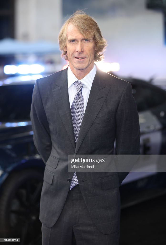 michael bay attends the global premiere of 39 transformers the last nachrichtenfoto getty images. Black Bedroom Furniture Sets. Home Design Ideas