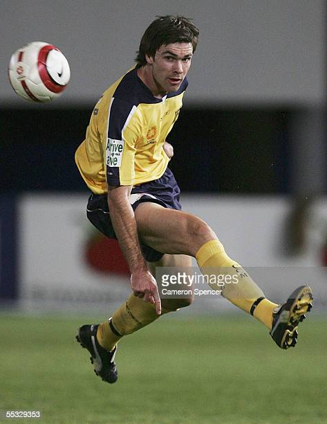 Michael Beauchamp of the Mariners in action during the round three A-League match between the Central Coast Mariners and the New Zealand Knights at...