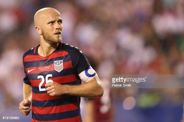 Michael Bradley of the United States looks on against El Salvador in the second half during the 2017 CONCACAF Gold Cup Quarterfinal at Lincoln...