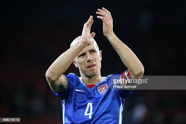 Michael Bradley of the USA applauds the fans after the international friendly match between Switzerland and the United States at Stadium Letzigrund...