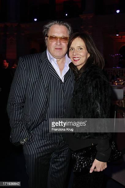Michael Brandner Mit Ehefrau Karin Bei Der Ard Blue Hour Opening Party Im Museum Für Kommunikation In Berlin