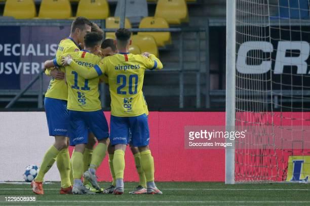 Michael Breij of SC Cambuur celebrates 2-1 with Robert Muhren of SC Cambuur, Giovanni Korte of SC Cambuur, Robin Maulun of SC Cambuur during the...