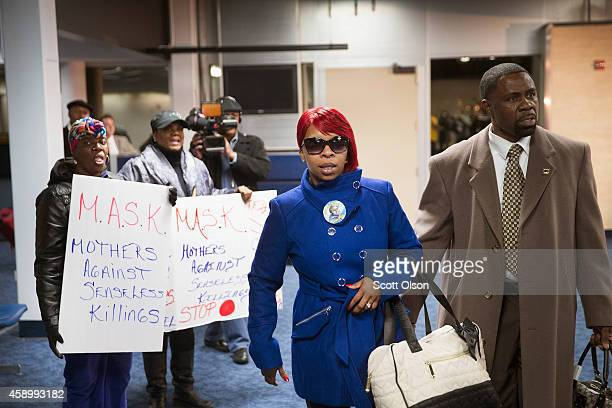 Michael Browns mother Lesley McSpadden arrives at St Louis International Airport after returning from Geneva Switzerland where she addressed a United...