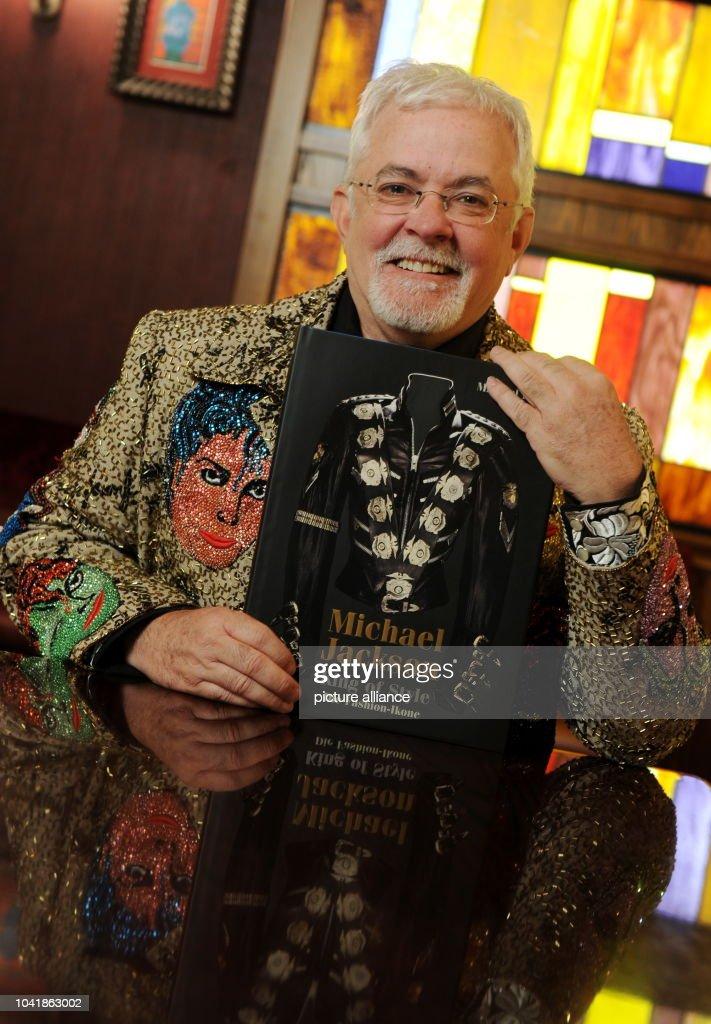 Michael Jackson Clothes Designer   Michael Bush Fashion Designer Of Deceised Singer Michael Jackson