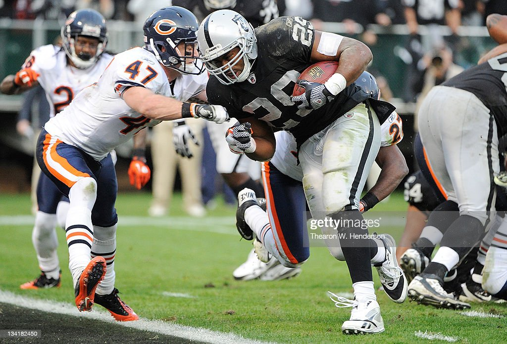 Chicago Bears v Oakland Raiders