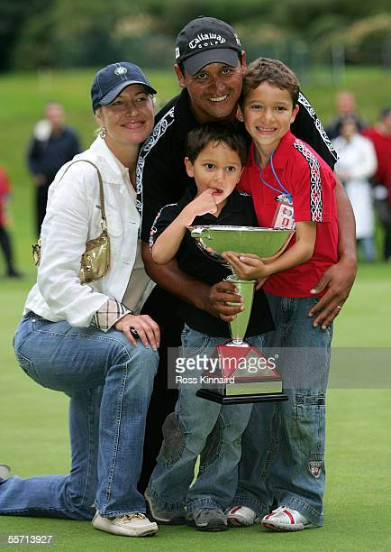 Michael Campbell of New Zealand with his wife Julie and sons Jordan and Thomas and the winners trophy after the final of the HSBC World Match Paly...