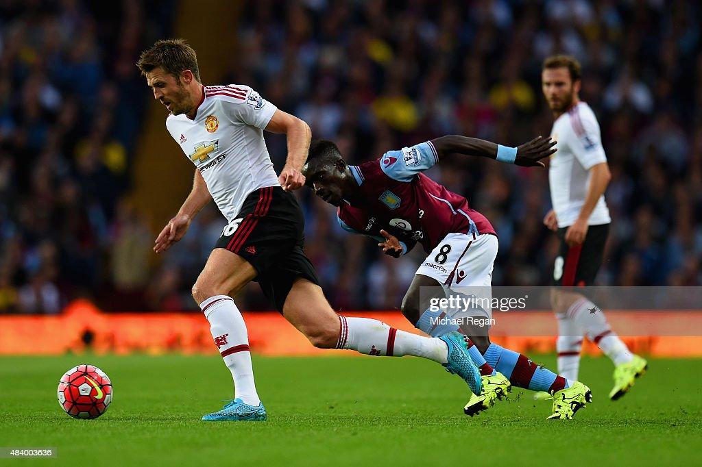 Aston Villa v Manchester United - Premier League : Nieuwsfoto's