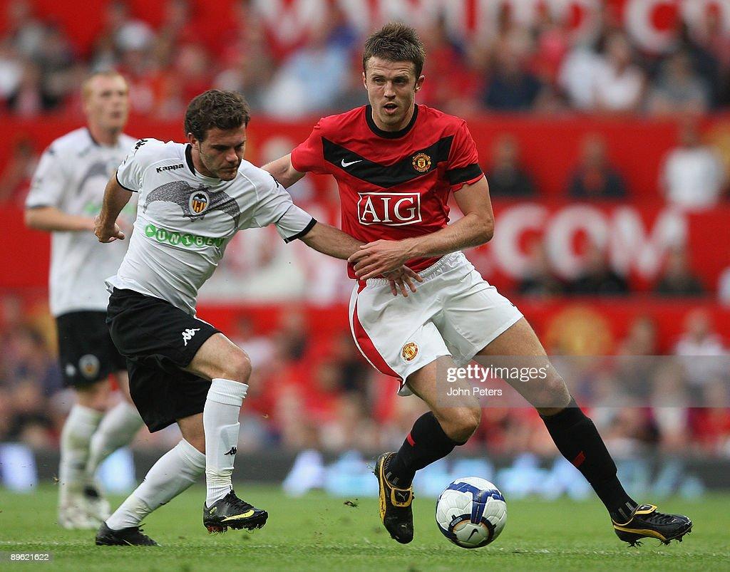 Manchester United v Valencia : News Photo