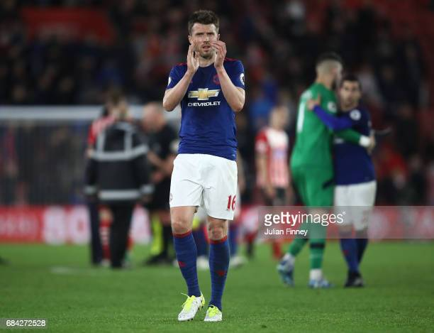 Michael Carrick of Manchester United shows appreciation to the fans after the Premier League match between Southampton and Manchester United at St...