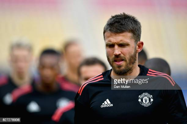 Michael Carrick of Manchester United trains during a training session ahead of the UEFA Super Cup final between Real Madrid and Manchester United on...