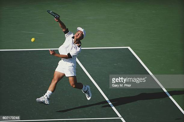 Michael Chang of the United States returns against Bohdan Ulihrach during their Newsweek Champions Cup Men's Singles Final match on 16 March 1997 at...