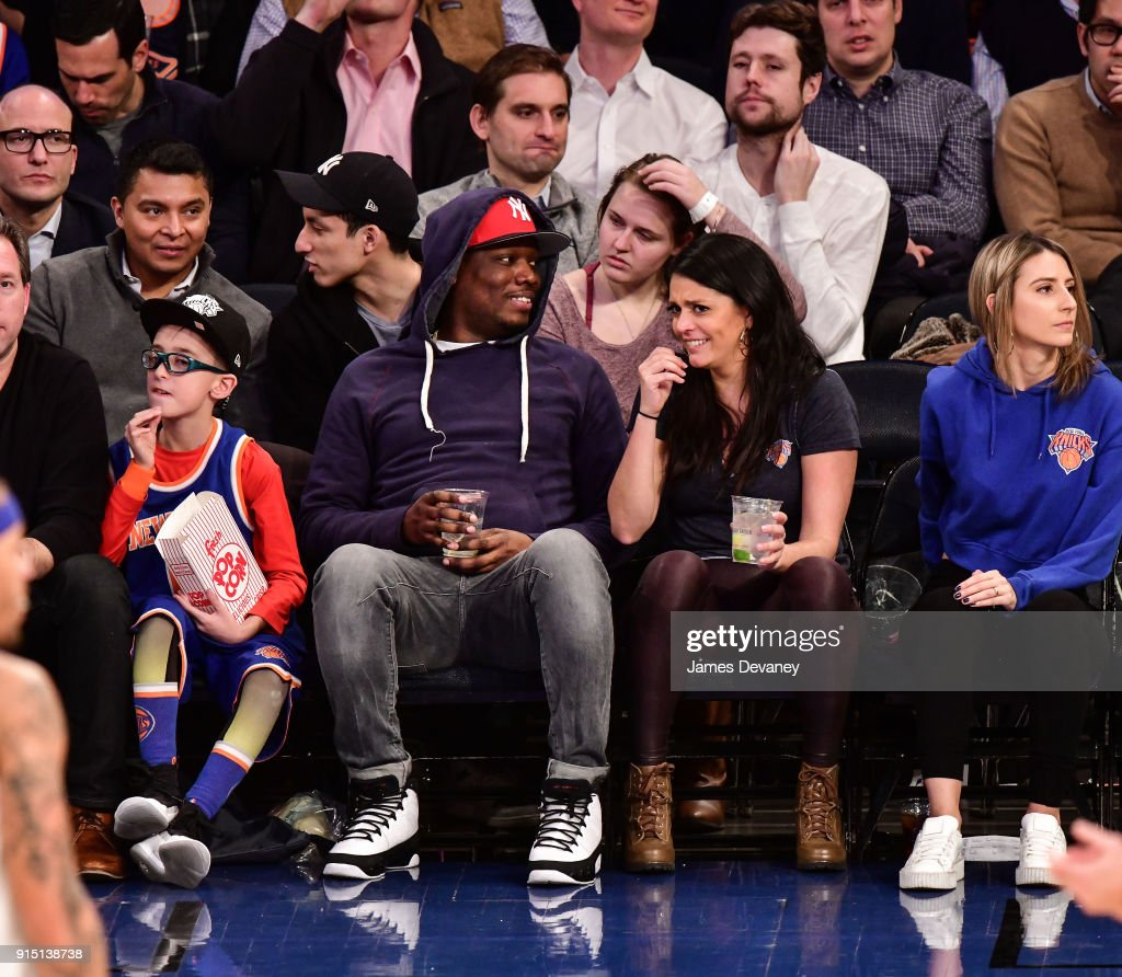 Celebrities Attend The New York Knicks Vs Milwaukee Bucks Game : News Photo