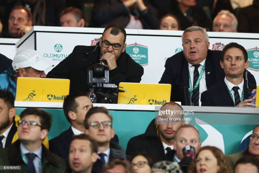 Michael Cheika, head coach of Australia looks dejected during the Old Mutual Wealth Series match between England and Australia at Twickenham Stadium on November 18, 2017 in London, England.