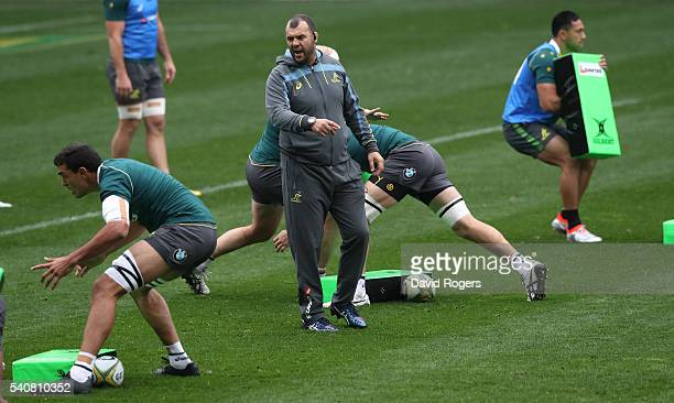Michael Cheika the Wallaby head coach issues instructions to his team during an Australian Wallabies Captain's Run at AAMI Park on June 17 2016 in...