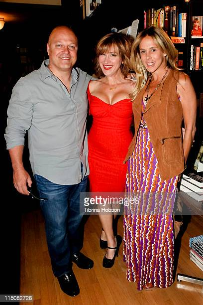 Michael Chiklis Lisa Ann Walter and Michelle Moran arrive at Walter's book signing for The Best Thing About My Ass Is That It's Behind Me at Book...