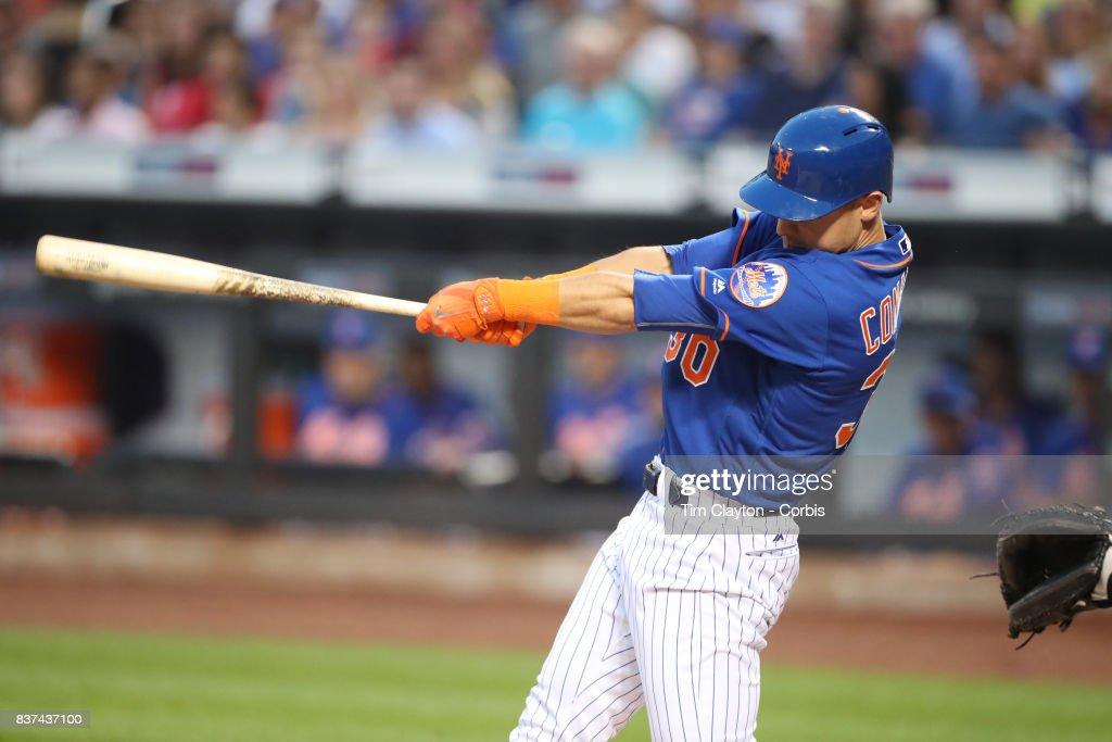 Miami Marlins  Vs New York Mets : News Photo