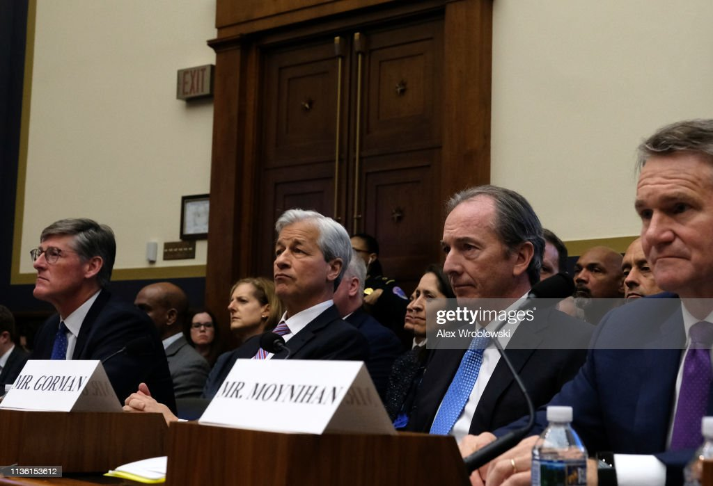 House Financial Services Committee Holds Hearing On Keeping Megabanks Accountable : Nachrichtenfoto