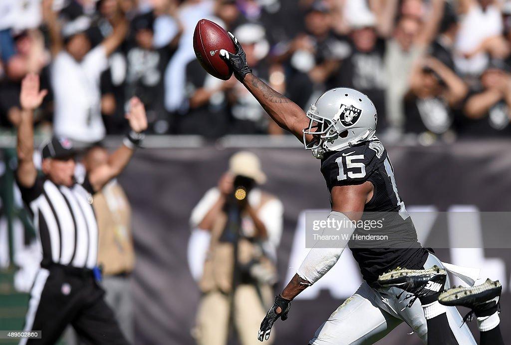 Baltimore Ravens v Oakland Raiders : News Photo