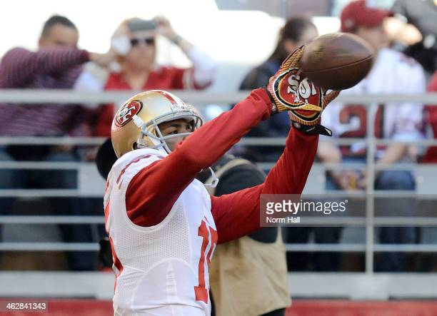 Michael Crabtree of the San Francisco 49ers catches a pass during pregame against the Arizona Cardinals at University of Phoenix Stadium on December...