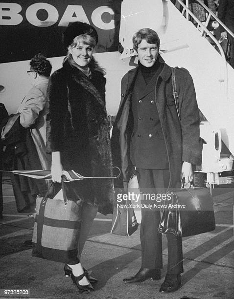 """Michael Crawford and Lynn Redgrave arrive from London to rehearse """"Black Comedy."""""""