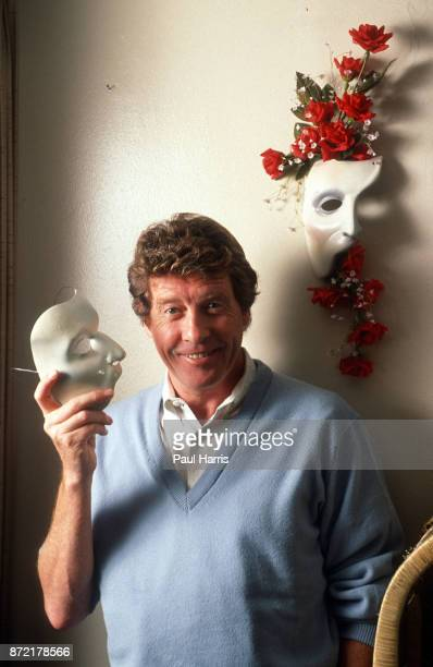 Michael Crawford in his Hollywood apartment August 9 1991 Hollywood Los Angeles California