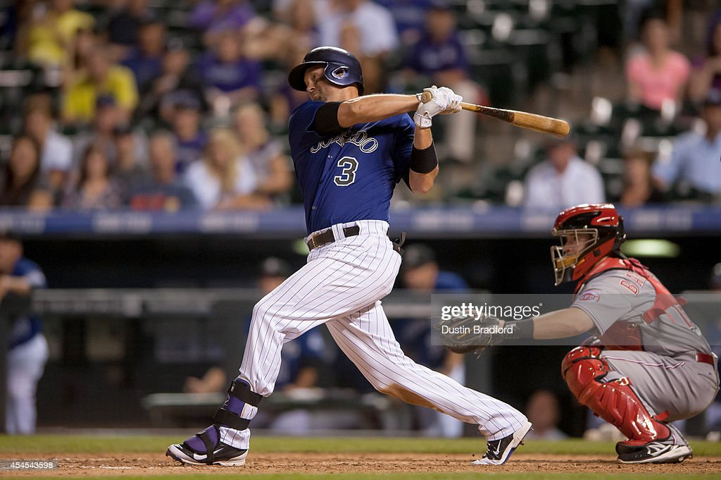 Cincinnati Reds v Colorado Rockies - Game Two : News Photo