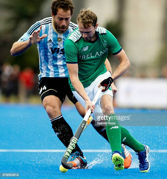 Michael Darling of Ireland fights for the ball with Juan Ignacio Gilardi of Argentina during an International Friendly match between Argentina and...