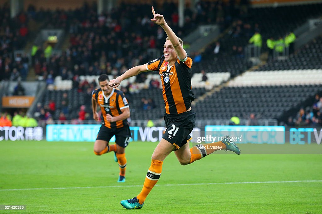 Michael Dawson of Hull City celebrates scoring his sides second goal during the Premier League match between Hull City and Southampton at KC Stadium on November 6, 2016 in Hull, England.