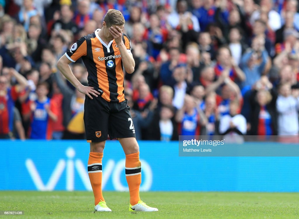 Michael Dawson of Hull City is dejected after Crystal Palace score their third goal during the Premier League match between Crystal Palace and Hull City at Selhurst Park on May 14, 2017 in London, England.