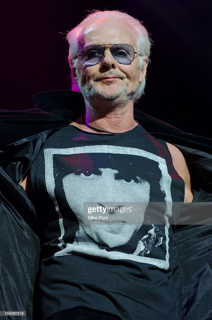 Michael Des Barres Performs at The Little Kids Rock's 10th Anniversary Celebration at Manhattan Center Grand Ballroom on October 16, 2012 in New York City.