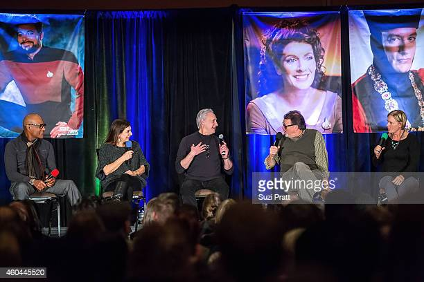 Michael Dorn, Marina Sirtis, Brent Spiner, Jonathan Frakes and Denise Crosby speak on stage at the Star Trek Convention at MEYDENBAUER CENTER on...