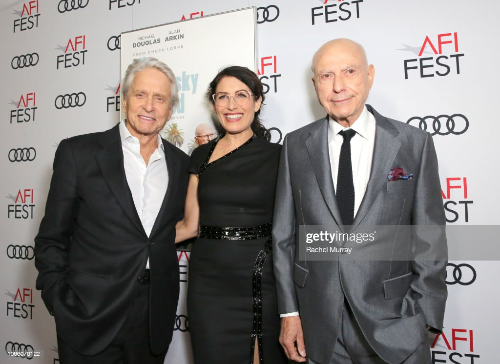 Los Angeles Premiere of 'The Kominsky Method' at AFI Fest at TCL Chinese Theater : Nachrichtenfoto