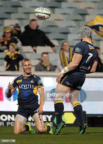 Michael Dowsett of the Brumbies scores a try during the round 14 Super Rugby match between the Brumbies and the Sunwolves at GIO Stadium on May 28,...
