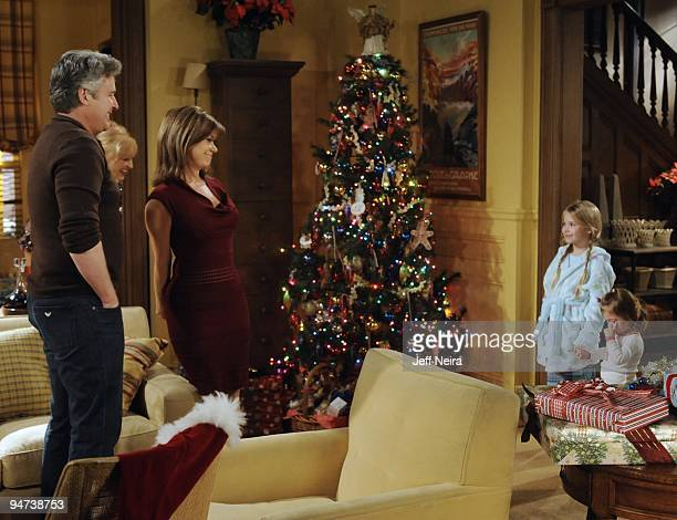 CHILDREN Michael E Knight Jill Larson Bobbie Eakes Alexa Gerasimovich and Jessica/ Rachael Slomovitz in a scene that airs the week of December 28...