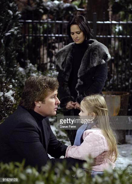 Michael E Knight Sydney Penny and Alexa Gerasimovich in a scene that airs the week of January 22 2007 on ABC Daytime's 'All My Children' 'All My...